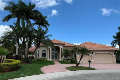 Weston Single Family Home For Sale: 2530 Poinciana Dr