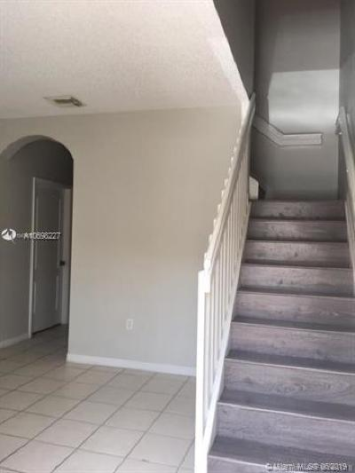 Miami Lakes Rental For Rent: 16614 NW 72nd Pl