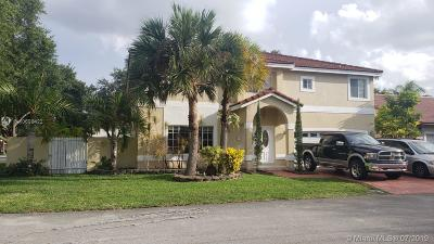 Hialeah Single Family Home For Sale: 8858 NW 189th Ter