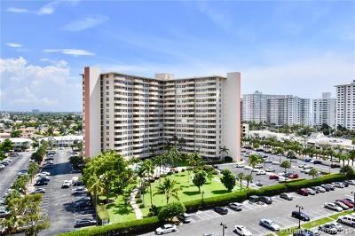 Fort Lauderdale Condo For Sale: 3300 NE 36th St #217
