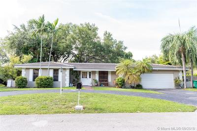 Palmetto Bay Single Family Home For Sale: 7605 SW 167th St