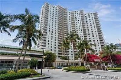 Miami Rental For Rent: 701 Brickell Key Blvd #PH-08