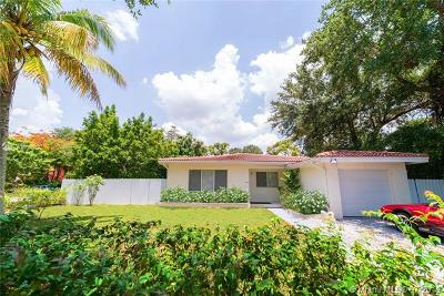 El Portal Single Family Home For Sale