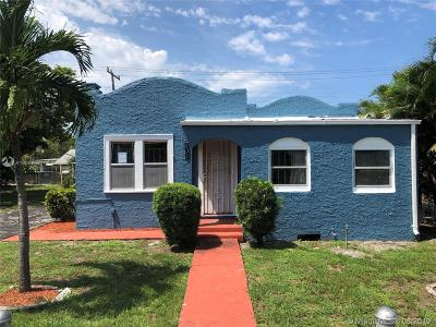 West Palm Beach Single Family Home For Sale: 431 58th St