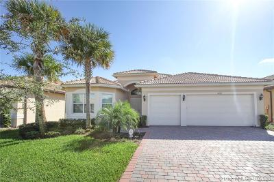 Boynton Beach Single Family Home For Sale: 8208 Alpine Ridge Rd