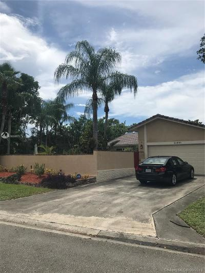 Coral Springs Single Family Home For Sale: 11501 NW 39th Pl