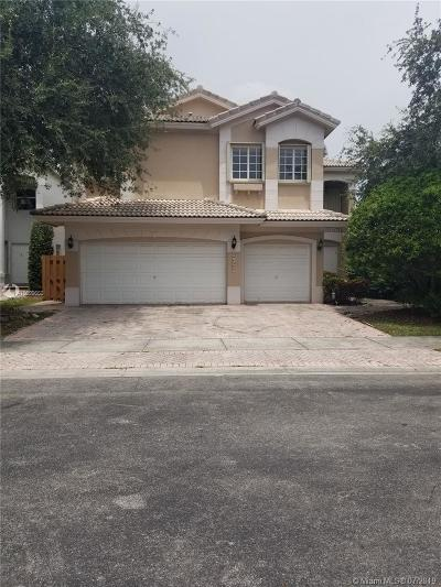 Doral Single Family Home For Sale: 6957 NW 107th Ct