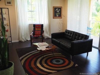 Aventura Condo For Sale: 19601 E Country Club Dr #7407