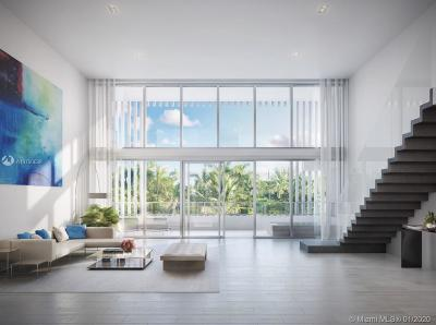 Aventura, Bal Harbour, Bay Harbor Islands, Coconut Grove, Coral Gables, Fisher Island, Golden Beach, Indian Creek, Key Biscayne, Miami Beach, Pinecrest, South Miami, Surfside, Williams Island Condo For Sale: 4701 Meridian Avenue #219