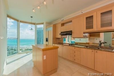 Portofino Tower, Portofino Tower Condo, Portofino Towers Rental For Rent: 300 S Pointe Dr #2802
