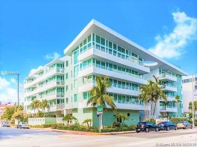 Miami Beach Condo For Sale: 7800 Collins Ave #405