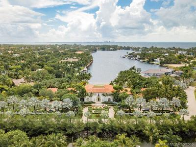 Coconut Grove, Coral Gables, Fisher Island, Key Biscayne, Miami Beach Single Family Home For Sale: 8901 Arvida Ln