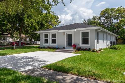 North Miami Single Family Home For Sale: 1305 NE 132nd St