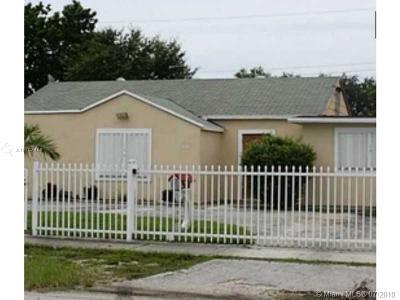 Hialeah Single Family Home For Sale: 630 NE 3rd Pl