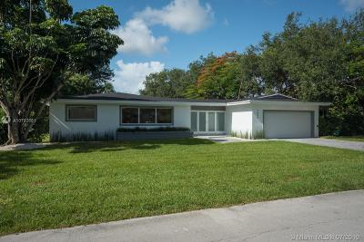 Pinecrest Single Family Home For Sale: 7450 SW 105th Ter