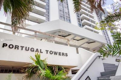 Miami Beach Condo For Sale: 3200 Collins Ave #7-7