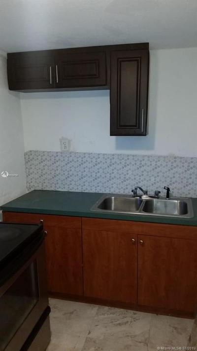 Miami, Kendall, Fort Lauderdale, Hollywood, Coral Gables Rental For Rent: 1447 NW 98th St #Side