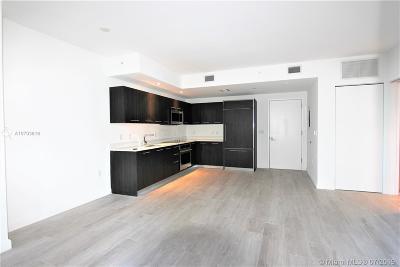 Miami Condo For Sale: 55 SW 9th St #3702