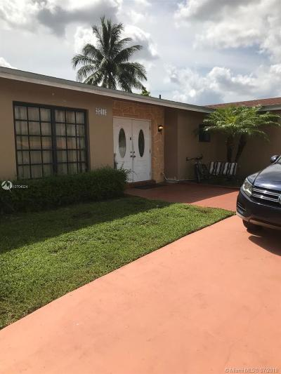 Miami Single Family Home For Sale: 2711 SW 118th Ct
