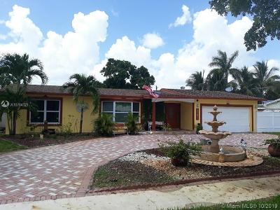 Plantation Single Family Home For Sale: 5741 SW 8th St