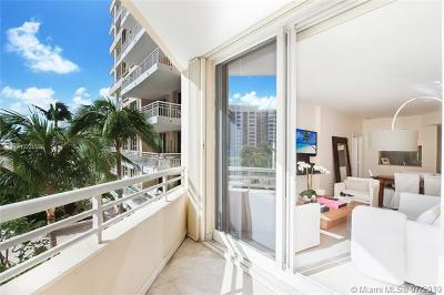 Miami Condo For Sale: 888 Brickell Key Dr #709