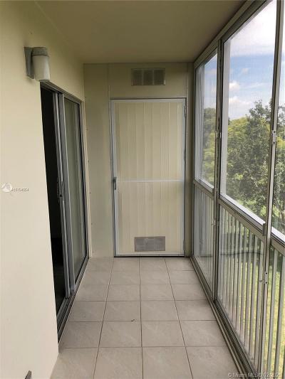 Pembroke Pines Condo For Sale: 13155 SW 7th Ct #302E