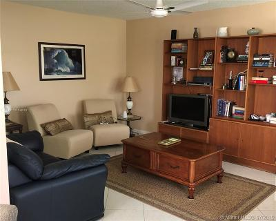 Boca Raton Condo For Sale: 239 Dorset F #239