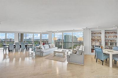 Aventura Condo For Sale: 19667 Turnberry Way #26-GR