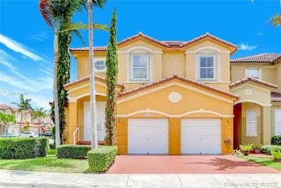 Doral Single Family Home For Sale: 11284 NW 75th Ln