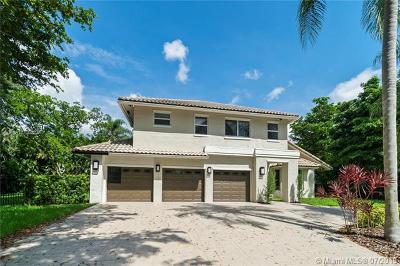Boca Raton Single Family Home For Sale: 3315 Saint Charles Cir
