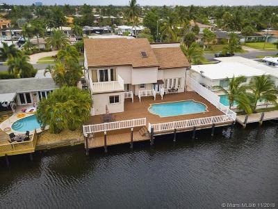 Pompano Beach Single Family Home For Sale: 281 SE 11th St