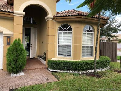 Doral Single Family Home For Sale: 8409 NW 110th Ave