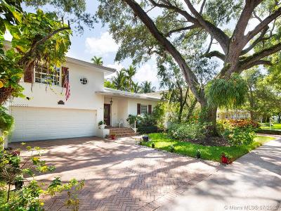 Coral Gables Single Family Home For Sale: 911 Andres Ave