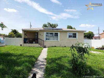 Hialeah Single Family Home For Sale: 103 E 58th St