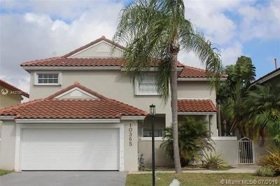 Doral Single Family Home For Sale: 10365 NW 48th St