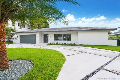 Hallandale Single Family Home For Sale: 519 Layne Blvd