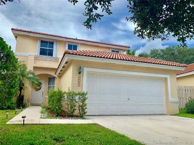 Single Family Home For Sale: 15220 SW 49th Ct