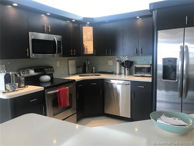 Aventura Condo For Sale: 2750 NE 183rd St #2706
