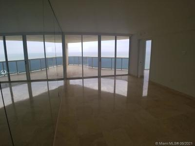 The Pinnacle, The Pinnacle Condo, Pinnacle, Pinnacle Condo, Pinnacle Condominium Rental For Rent: 17555 Collins Ave #2006