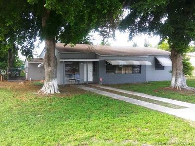 Miramar Single Family Home For Sale: 6051 SW 27th St