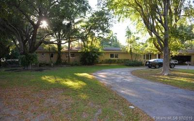 Pinecrest Single Family Home For Sale: 11800 SW 80th Rd