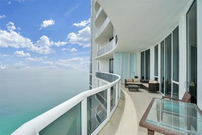 Trump Tower 3, Trump Tower Iii, Trump Tower Iii Condo Rental For Rent: 15811 Collins Ave #3703