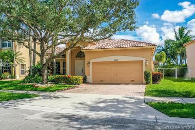 Weston Single Family Home For Sale: 16536 Turquoise Trl