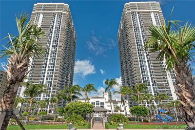 Miami Beach Condo For Sale: 4779 Collins Ave #2407
