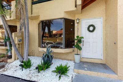 Dadeland Cove, Dadeland Cove Sec 2, Dadeland Cove Sec 02, Dadeland Cove Sec 1 Rental For Rent: 10275 SW 77th Ct