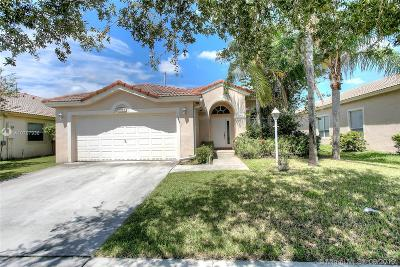Pembroke Pines Single Family Home Active Under Contract: 1664 NW 144th Way