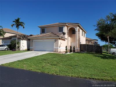 Cutler Bay Single Family Home For Sale: 8792 SW 213th Ln