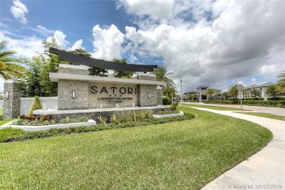 Miami Lakes Condo For Sale: 15822 NW 91st Ave #15822
