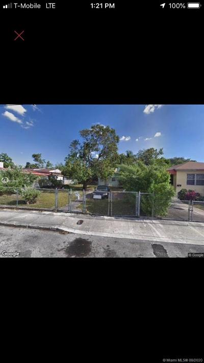 Biscayne Gardens, Biscayne Park, Briny Breezes, Cutler Bay, Doral, Eastern Shores, Hialeah, Hialeah Gardens, Miami, North Miami, North Miami Beach, Sweetwater, Unincorporated Dade County, West Miami Multi Family Home For Sale: 304 NW 32nd St