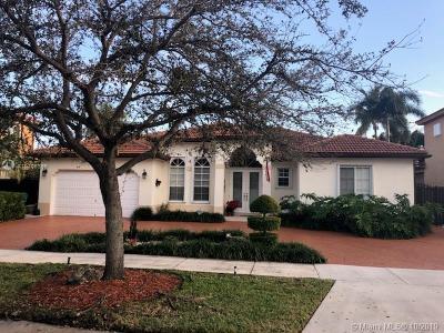 Miami Lakes Single Family Home For Sale: 7800 NW 161 Te